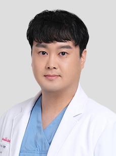 DR. Lee Woo Yeol