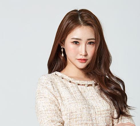 Park Yun Kyung